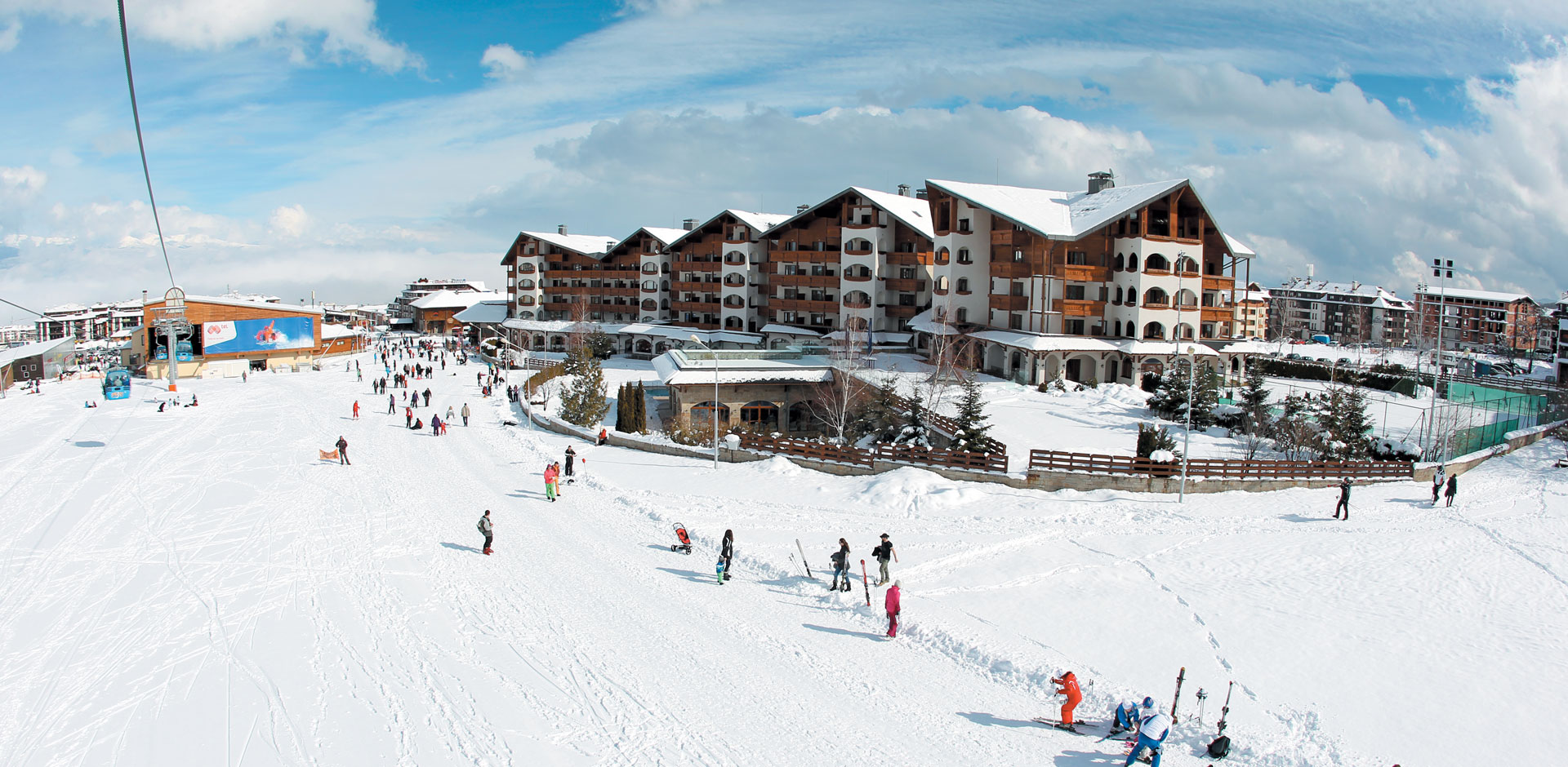 Take the last chance to ski and visit Bansko, Bulgaria!