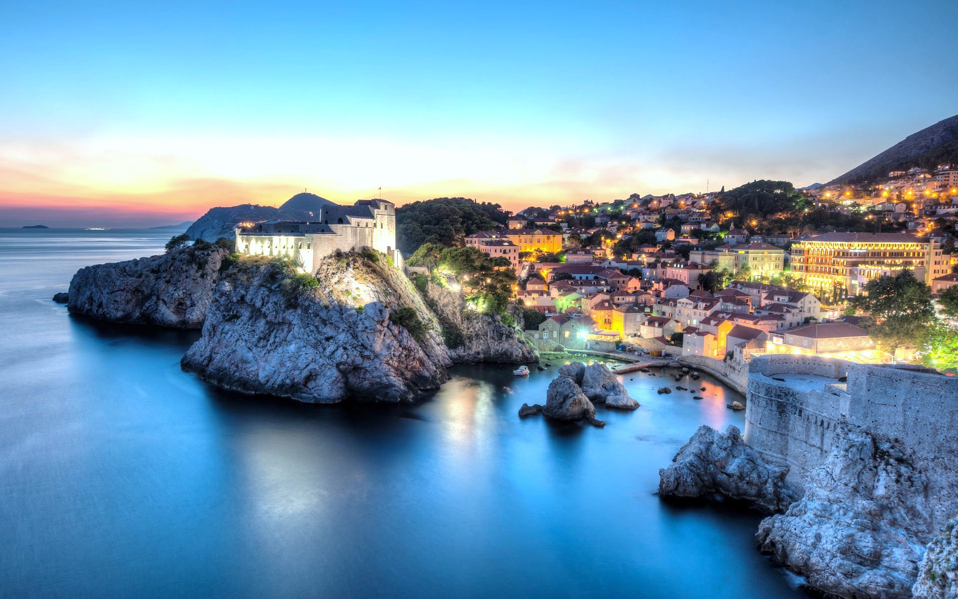 Dubrovnik – fell the spirit of the distant past!